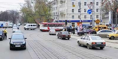 Перекресток с трамваем
