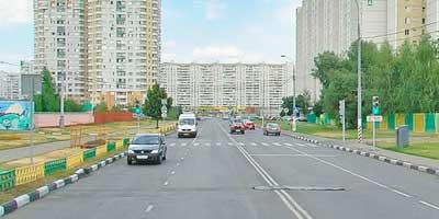 Пешеходный переход со светофором
