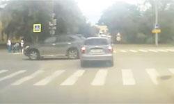 Проезд перекрестка на красный сигнал