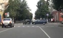 Въезд на перекресток на желтый сигнал