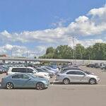 Задний ход на парковочном пространстве
