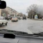 Опасные ситуации при выполнении поворота направо